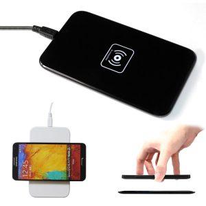 Безжично зарядно устройство (5)